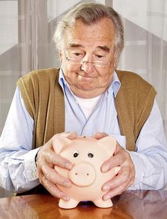 Wie ein Säuli, das sich nicht knacken lässt: Laufende Renten der Pensionskassen können nicht gekürzt werden.