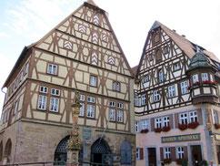 Rothenburg, an der Stelle des ersten Rathauses errichtetes Fleisch- und Tanzhaus sowie Jagstheimerhaus