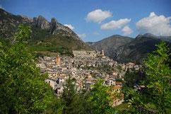 Ville de Tende dans la Vallée des Merveilles, parc national du Mercantour dans les Alpes