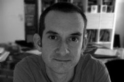Dr. Adam Newton - Paläontologe und Korrekturleser