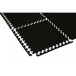 Dalles de protection Sarneige couleur Noir. Dalles pour protéger le sol des salles de sport fabriqué par Sarneige.