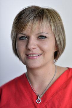Violette Colga-Ott, Zahnmedizinische Fachangestellte, Prophylaxe (© David Knipping, Lindau)