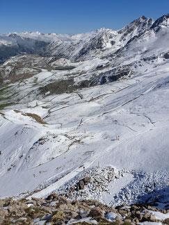 schneebedecktes Ischgl im August