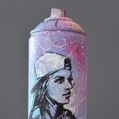 custom-spraycan-bombe-peinture-customisée-creation-artistique-objet-design-streetart-graffiti-savoie-chambéry-lyon-france-rhone-alpes-portrait-femme-fashion-skate