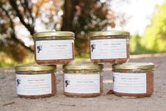 Emietté d'Angus à tartiner nature, piment d'Espelette ou moutarde de Dijon bio vendu en vente directe par la Ferme de Neuvy dans le Cher
