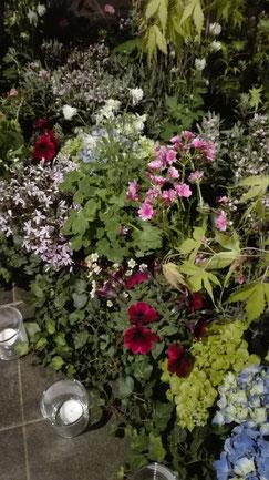 Ela Merz Floristik Blumen Trauerfloristik