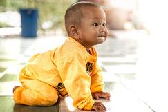 Baby krabbelt - Profil