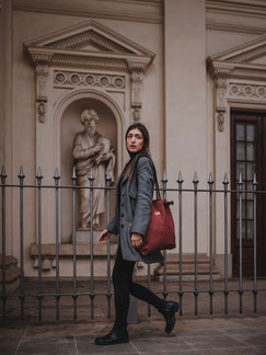 Shopper - Tragetasche - rot - dunkelrot - Damentasche - Handtasche - Tasche - Kordel - verstellbar - wasserabweisend - wasserfest - einkaufstasche