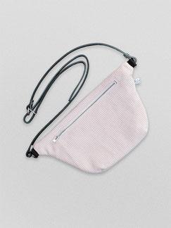 Bauchtasche - Cord - Cordtasche - Tasche - Lederriemen - rosa - weiß - hellrosa - puderrosa - Reisverschluss - zacamo - Gürteltasche - Umhängetasche - kleine Tasche - recyclingleder - Handtasche - schick - schlichte Tasche - hell Tasche - Damentasche
