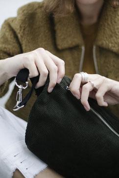 Bauchtasche - Bauchtasche Cord L - große Bauchtasche - Cord - cordtasche - Tasche - Handtasche - Gürteltasche - Umhängetasche - Bumbag - Crossbodybag - vegane Tasche - faire Tasche - nachhaltige Tasche - zacamo