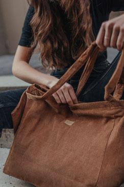 Tote Bag - totebag - große Tasche - Umhängetasche - Shopper - Cordtasche - Cord - lange Henkel - Unitasche - braun - kamelbraun - beige - Damentasche - hellbraun .