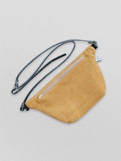 Bauchtasche - Cord - Cordtasche - Tasche - Lederriemen - gelb - currygelb - senfgelb - zacamo - Gürteltasche - Umhängetasche - kleine Tasche