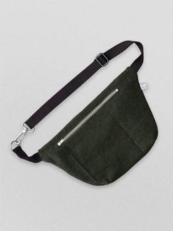 Bauchtasche - Bauchtasche Cord L - große Bauchtasche - Cordtasche - gruen - flaschengrün - dunkelgrün - olivgrün - Tasche - Handtasche - Bumbag - Gürteltasche - Crossbodybag - zacamo - Innenfach - größenverstellbar - Tasche - Karabiner - vegan -