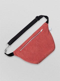 Bauchtasche - Bauchtasche Cord L - große Bauchtasche - Cord - cordtasche - rot - rostrot - dunkelrot - Tasche - Handtasche - Gürteltasche - Umhängetasche - Bumbag - Crossbodybag - rote Tasche - vegane Tasche - faire Tasche - nachhaltige Tasche - zacamo -