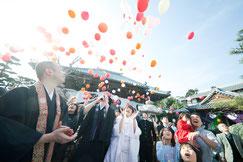 ゲストは町民300名『結婚祭』