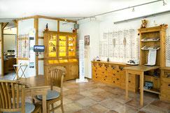 Blick in die Werkstatt bei Optiker Flemisch in Sasel
