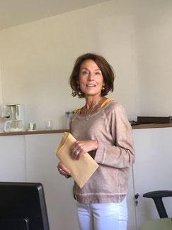 Büro: Sekretärin Monika Euteneuer
