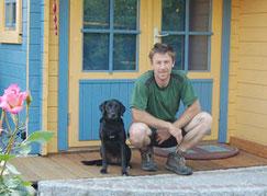 """Marcus Schmidt mit Hund """"Mücke"""""""