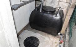 地上階の雨水タンクと浸透枡