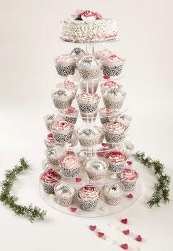 Hochzeitstorte aus Cupcakes in Pyramidenform