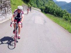Bernard à moins de 3 km du sommet de Menté.