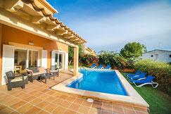 ID-365 Villa Alcudia Strand 250 Meter mit Pool