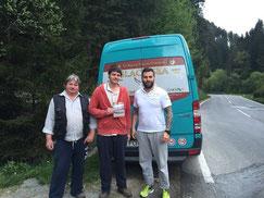 Werner Gratzer, Marco Gratzer und Liviu Tudor vom Black Sea Olr _ Am Tag des Abtransportes