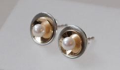 Mehrteilige veränderbare Ohrstecker mit echten Perlen Silber und Gold