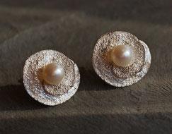 Ohrstecker aus Silber mit echten Perlen variabel zu tragen
