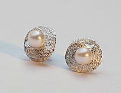 Zweiteilige Ohrstecker mit echten Perlen und Silber veränderbar