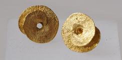 Ohrstecker aus Silber vergoldet in Naturform