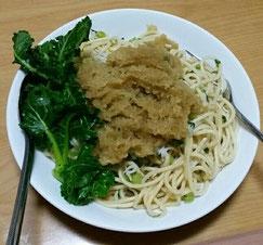 飯塚農園さんの「大根」と「プチベール」入り、ジャコの和風スパゲティ。「大根おろし」は体内にたまったタンパク質などを解毒してくれますので、過去にお肉を沢山食べすぎて関節が固くなっている方などにはおすすめの食材です。
