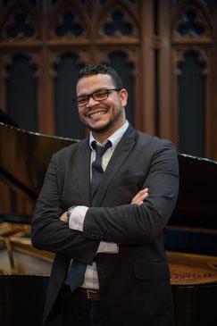 baritone Ricardo Sepúlveda