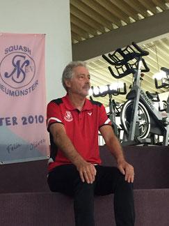 Treuer Begleiter des Teams: Vereinspräsident Peter Fischer