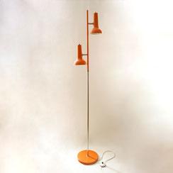 Stehleuchte 2er Spot Chrom und orange, Conni Kern Interior, Design und vintage Möbel in Mannheim