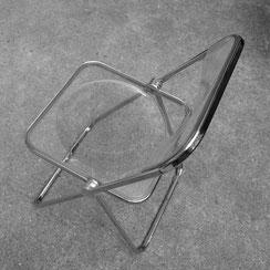 vintage Plia Klappstuhl von Giancarlo Piretti für Castelli. Conni Kern Interior, vintage Möbel, Leuchten und Objekte. Designklassiker in Mannheim.