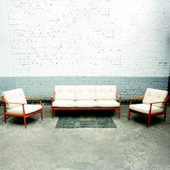mid century Knoll Antimott Sitzgruppe Dreisitzer Sofa und zwei Sessel, 1960er Jahre. Conni Kern Interior, vintage Möbel, Leuchten und Objekte. Designklassiker in Mannheim.