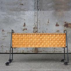 Mid-Century Wicker Pflanzenwagen aus Draht und Korbgeflecht, Conni Kern Interior: Design und vintage Möbel, Leuchten und Objekte in Mannheim
