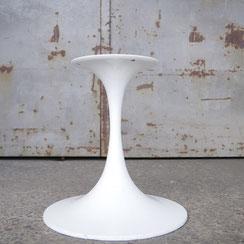 Tulpenfuß Tischgestell in weiß, Conni Kern Interior: Design und vintage Möbel, Leuchten und Objekte in Mannheim
