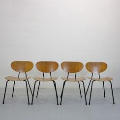 Mod. 145 Kurt Nordstrøm für Knoll International. 4er Set Esszimmerstühle in Buche. Conni Kern Interior, vintage Möbel, Leuchten und Objekte. Designklassiker in Mannheim.