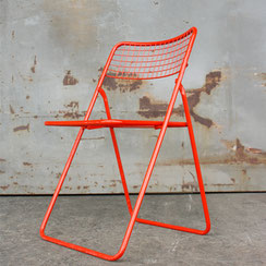 Niels Gammelgaard für IKEA, rot lackierter Klappstuhl aus Draht, Conni Kern Interior: Design und vintage Möbel, Leuchten und Objekte in Mannheim