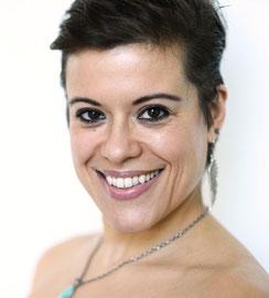 Shayna Skarf