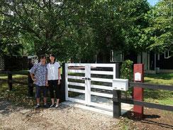ウッドフェンス、門扉、打掛錠、施工例
