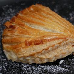 Chausson aux pommes réalisés par Ma Boulangerie Café