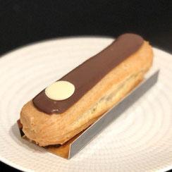 Eclair au chocolat chez Ma Boulangerie Café