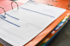 Calcul factures pour assistante administrative chez Posteam, location de personnel à Melle Deux-Sèvres 79