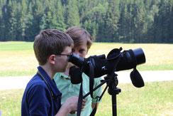 Kinder mit Spektiv, LBV, Exkursion, Umweltbildung