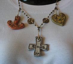 Die Halskette: Liebe Glaube Hoffnung