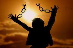 femme liberation chaine