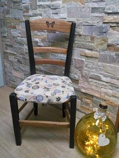 """relooking meubles Ancienne chaise relooké noir patiné avec son tissus déhoussable """"Paris"""" le mans sarthe"""